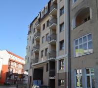 Widok od ulicy Hołdu Pruskiego