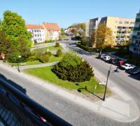 Widok z okien na ul. Hołdu Pruskiego i ul. Sikorskiego
